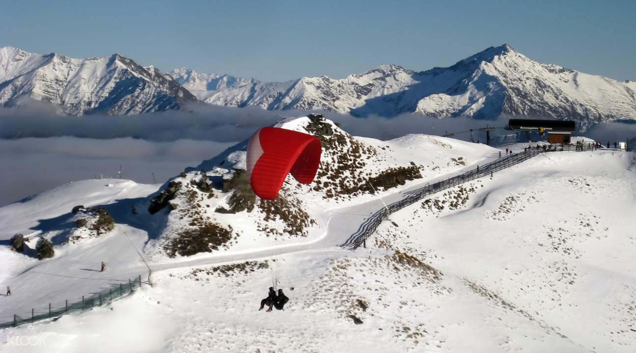 Queenstown Paragliding school