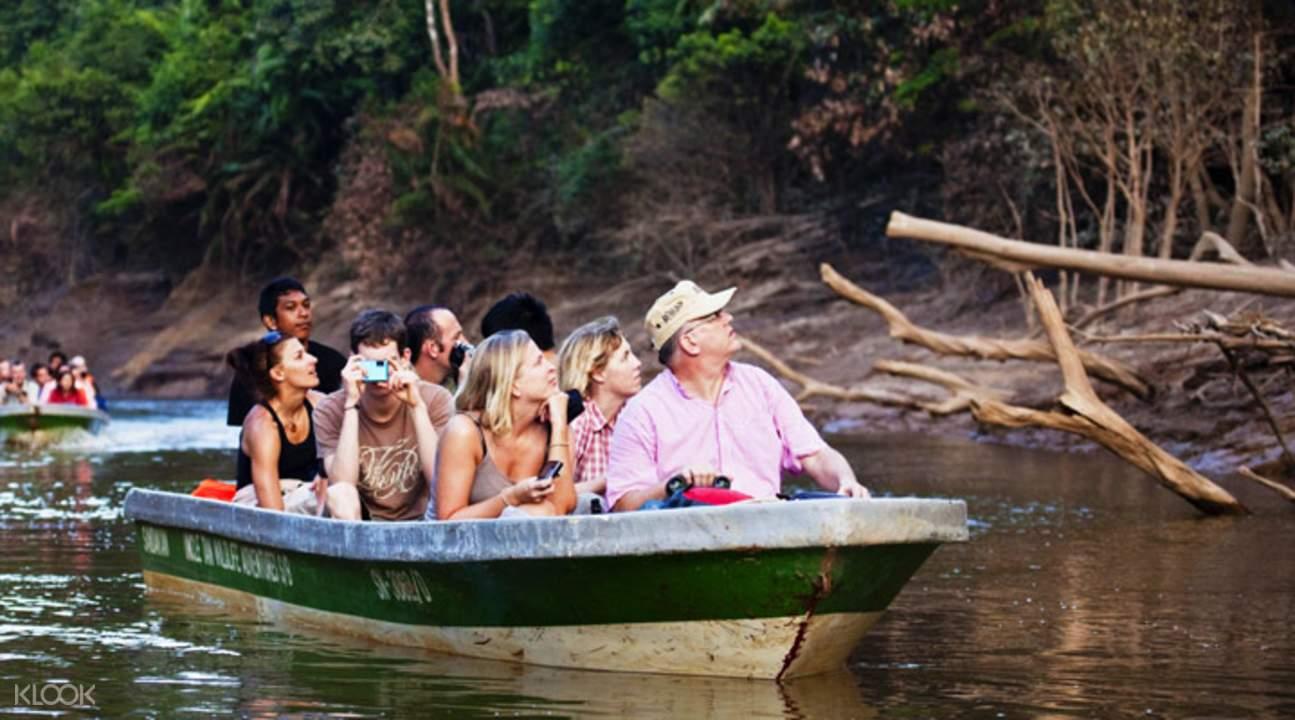 哥曼东洞穴与河畔游船之旅