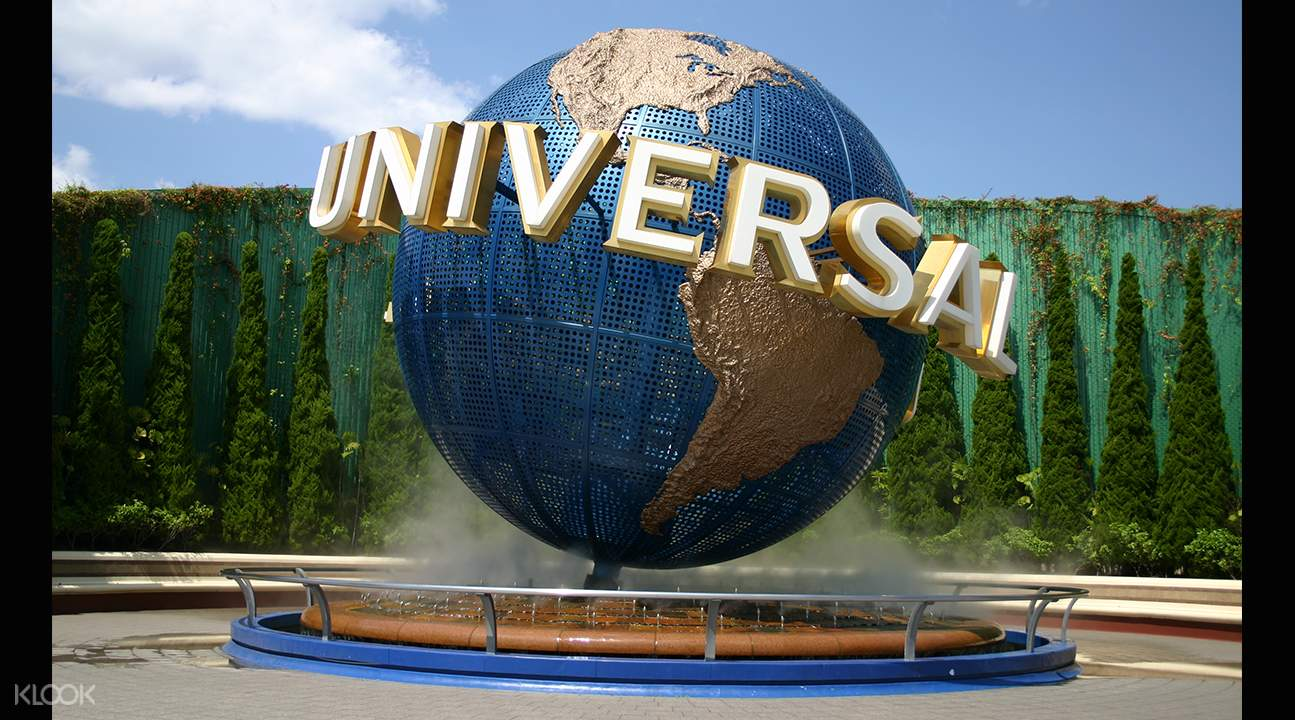 Meet classic Universal Studios characters