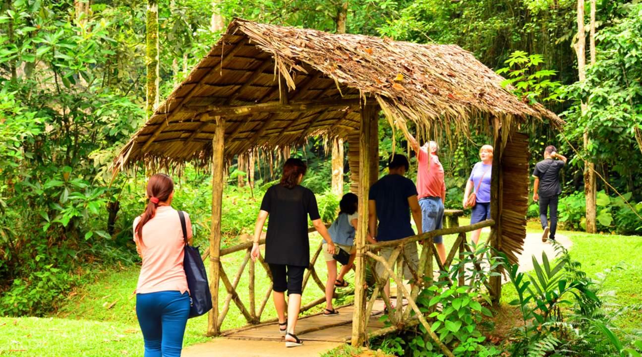 马里马里文化村体验之旅