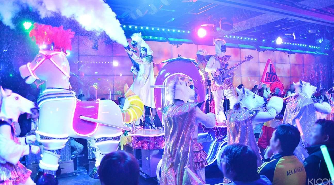 東京新宿機器人餐廳