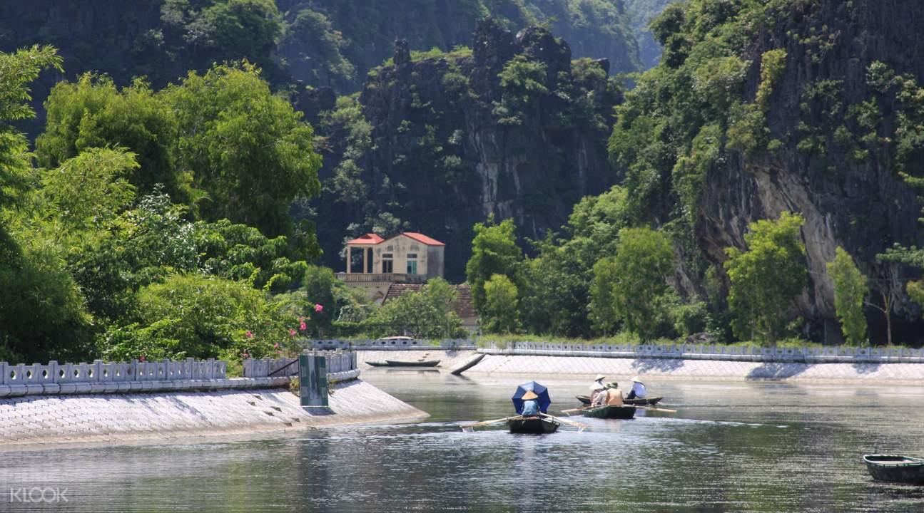 越南红河泛舟