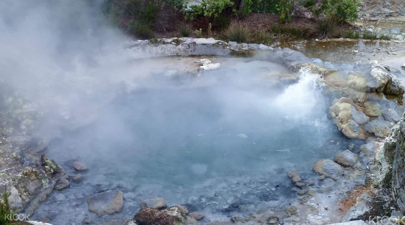 天然火山温泉