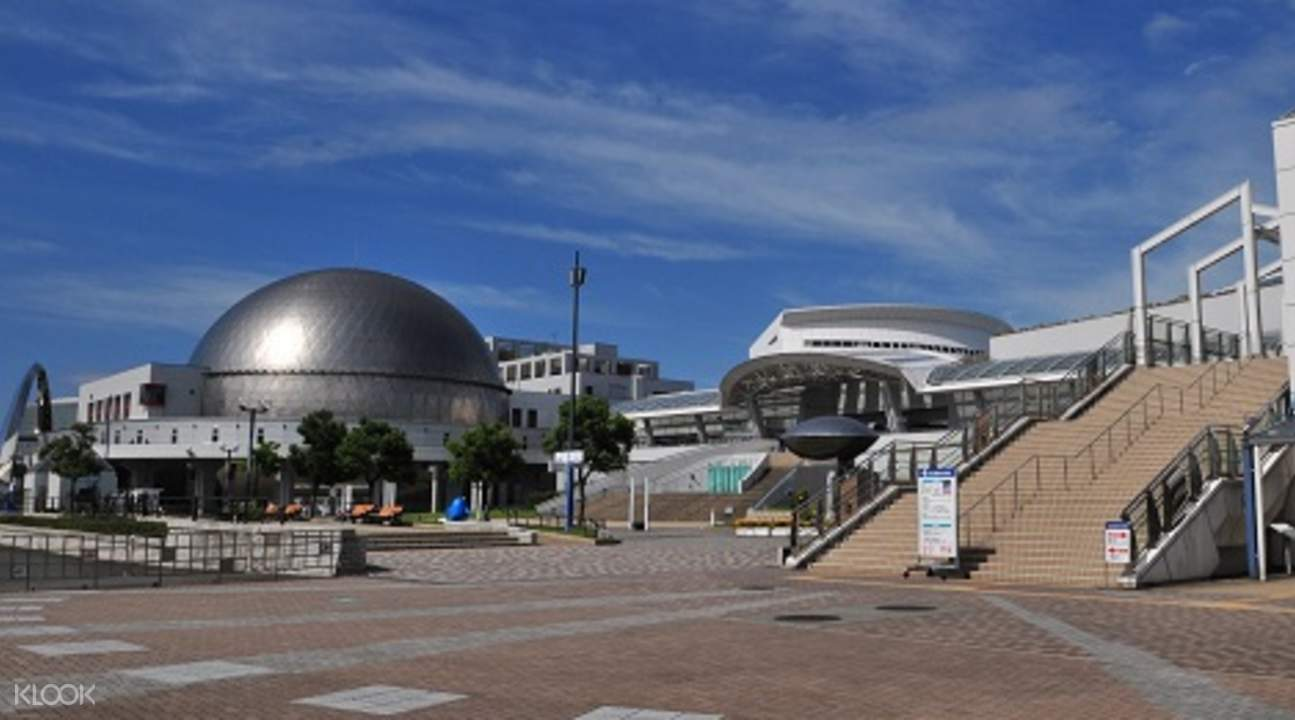日本名古屋港水族館