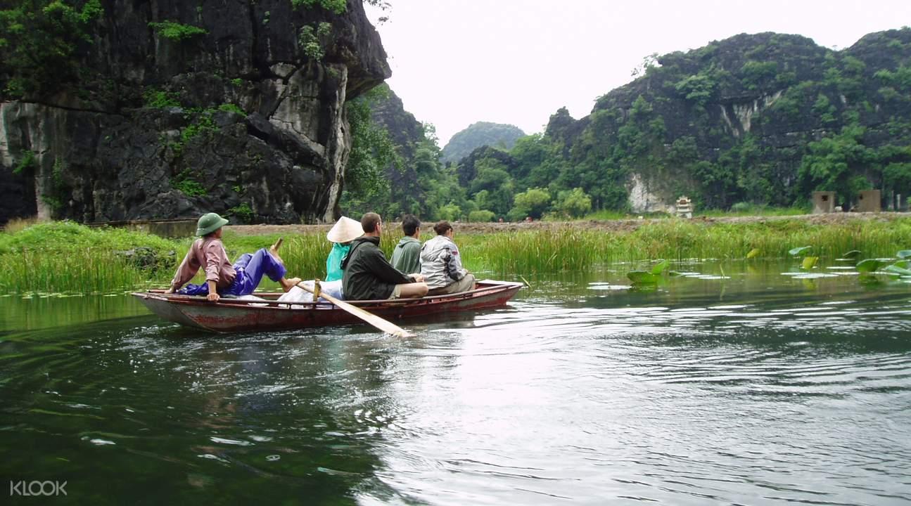 Hoa Lu Tam Coc Day Trip