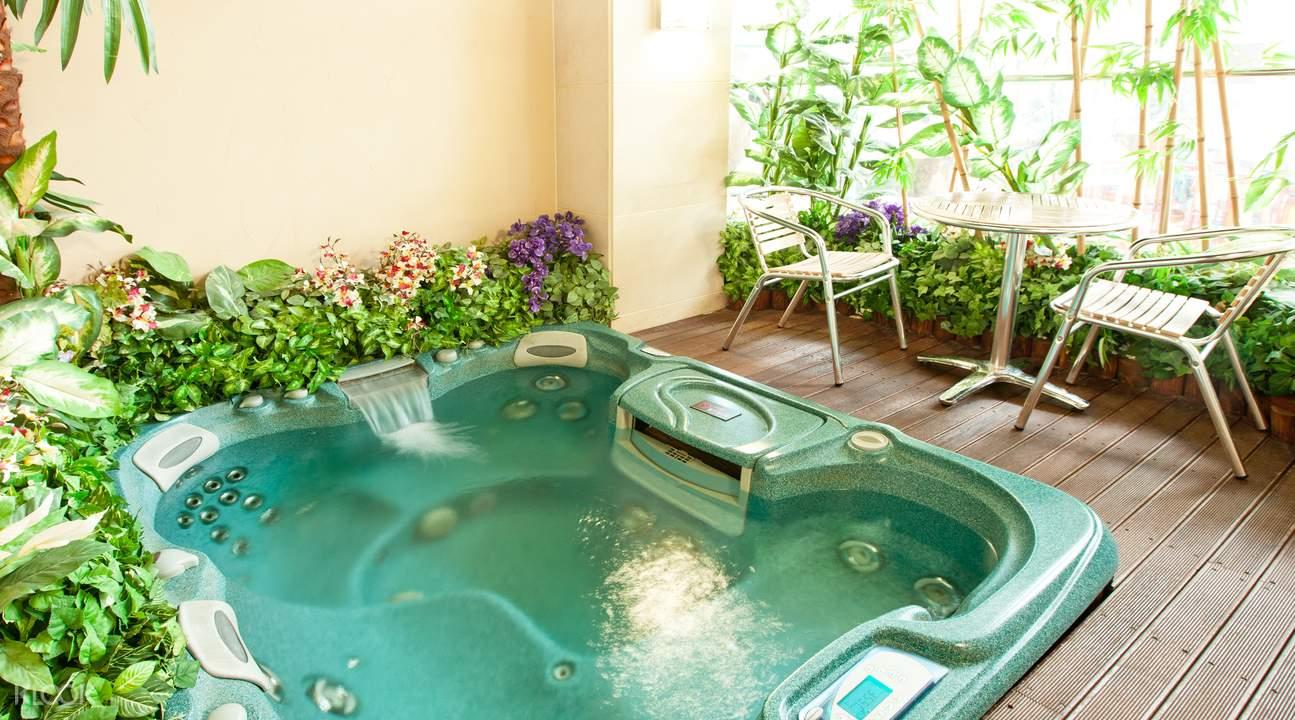 ocean world hot spring