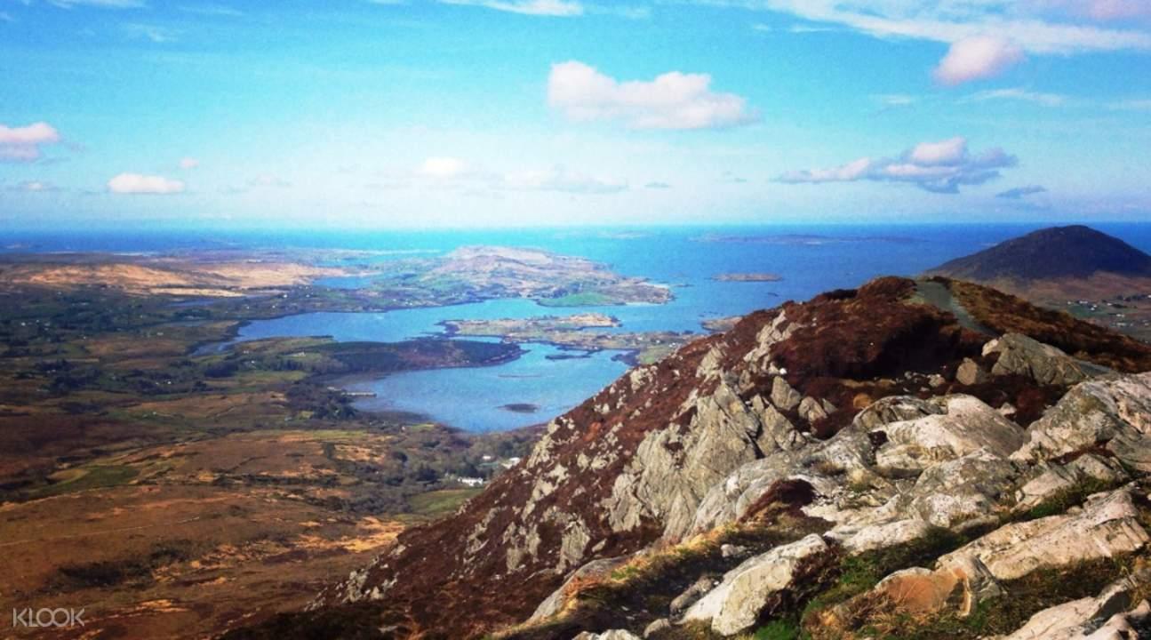 mountains in connemara ireland