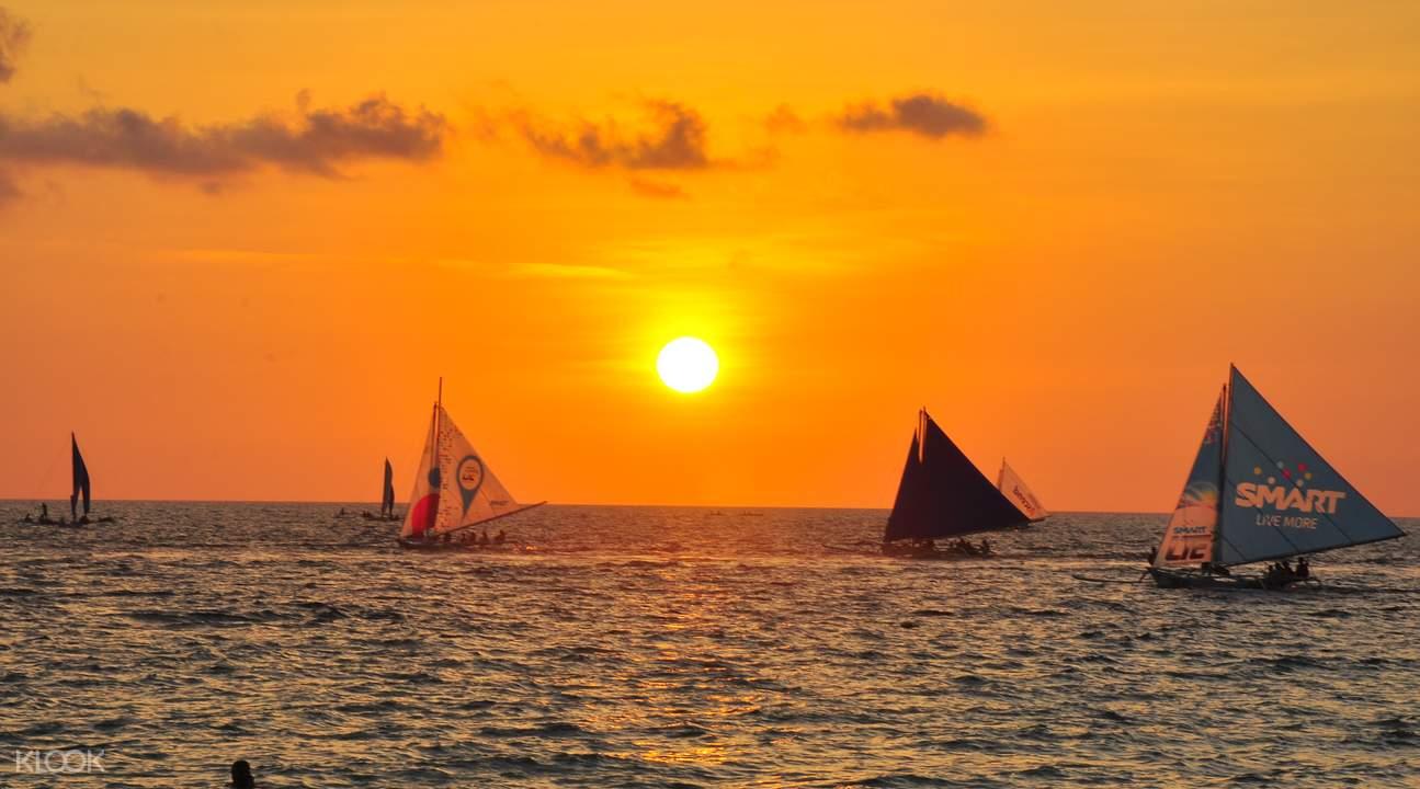 风帆船出海
