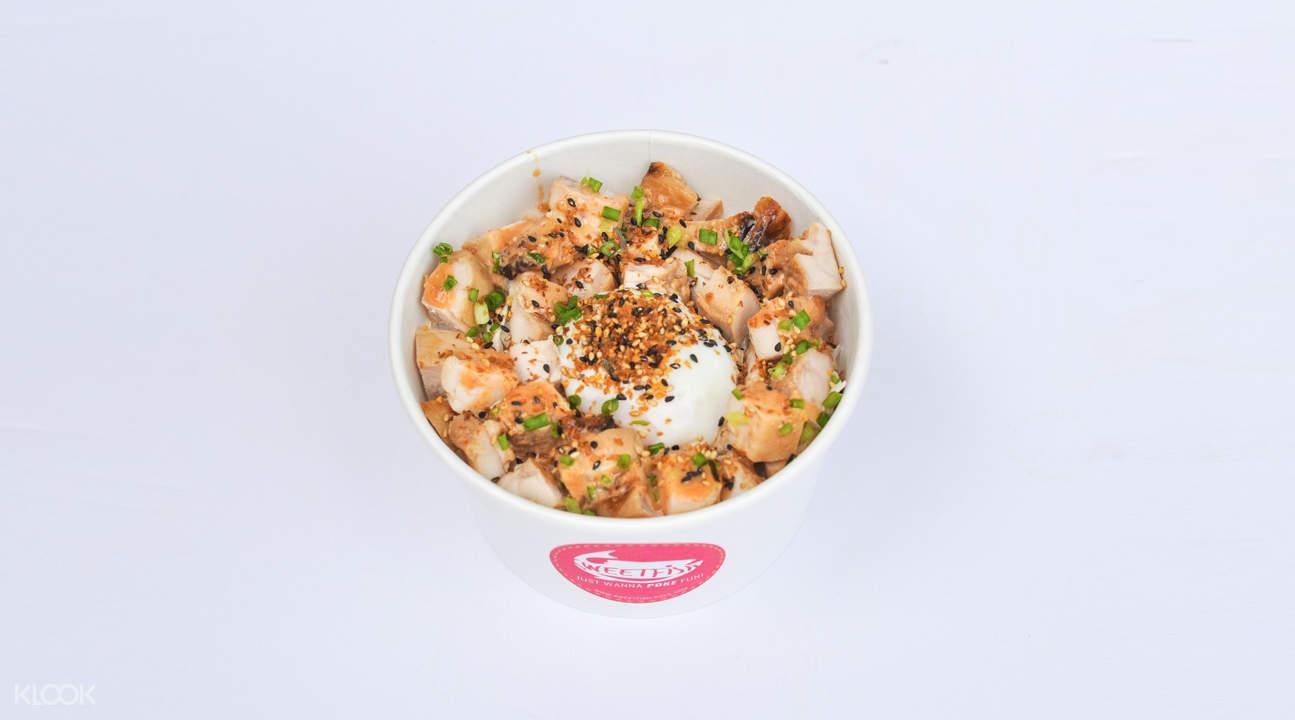 sweetfish poke city hall singapore smoky chicken bowl