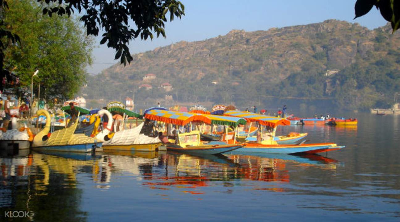 Boats on Nakki Lake