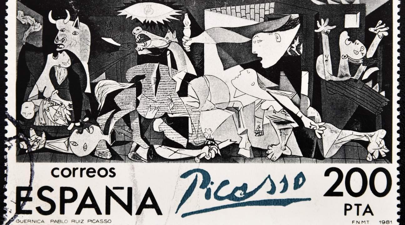 毕加索名画格尔尼卡