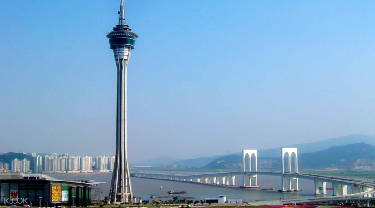 macau tower on the macau day tour