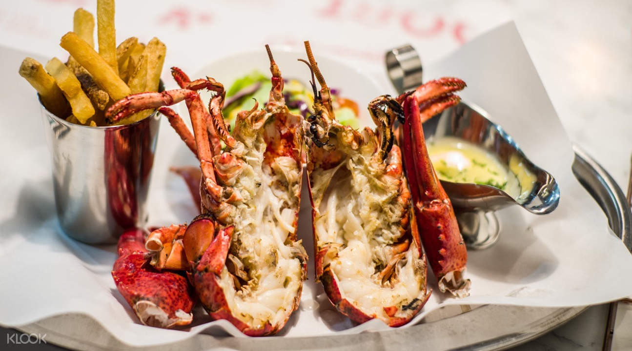 grilled lobster pince and pints restaurant and bar singapore