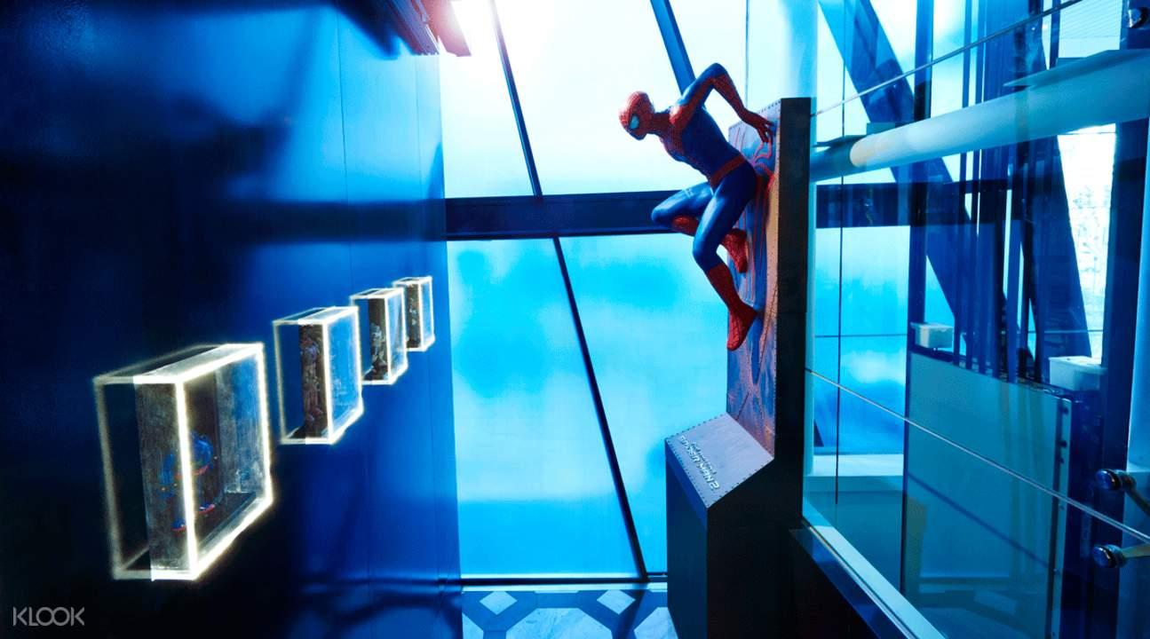 superhero action figures travel seoul