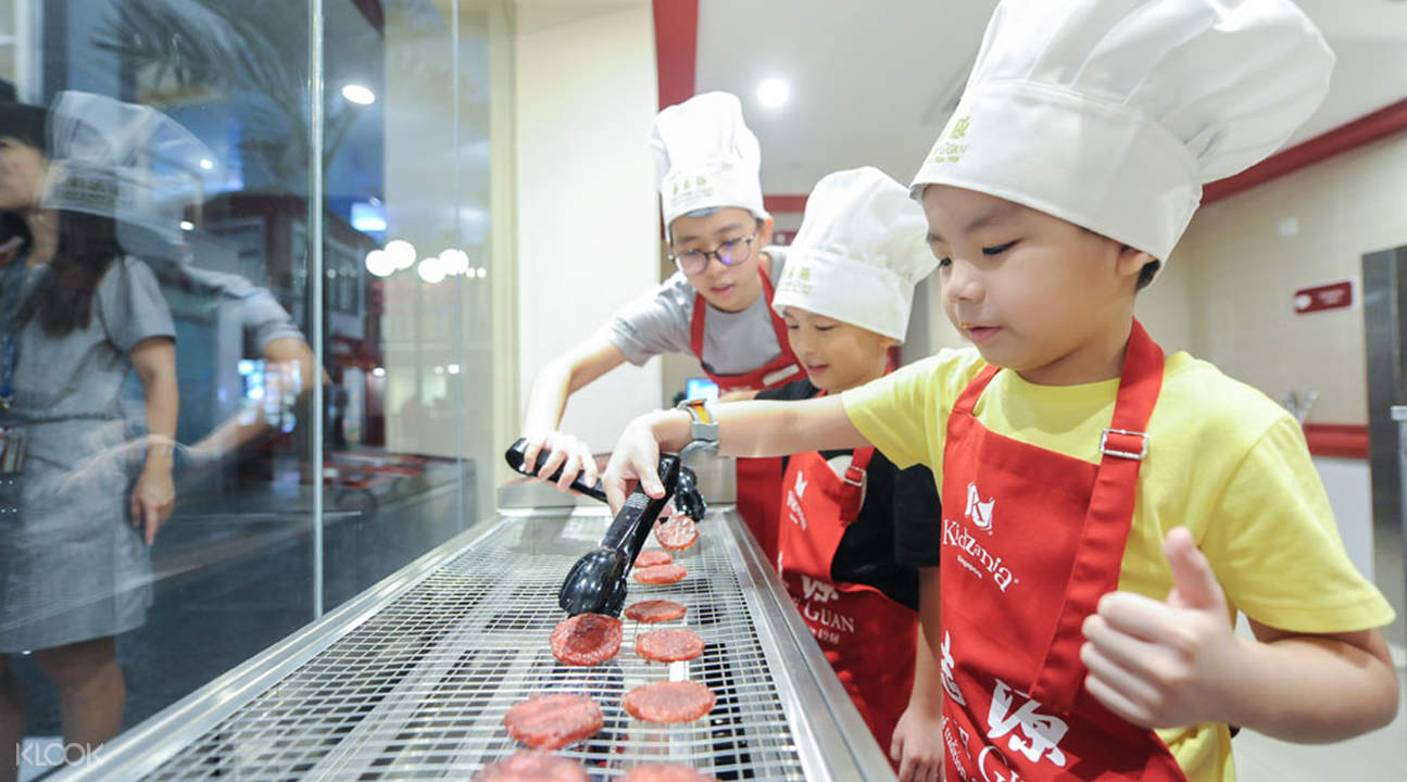 Have Fun at the Kid-Sized City with KidZania Singapore ...