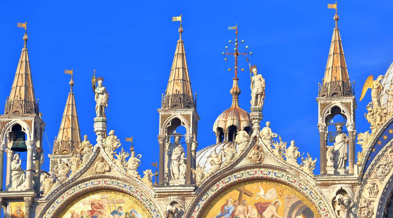 威尼斯总督府 & 圣马可大教堂门票 + 导览