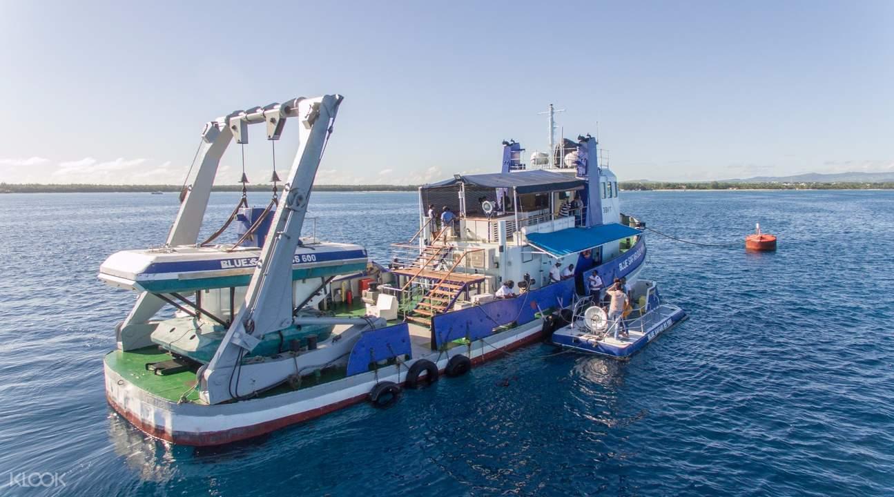 毛里求斯游船