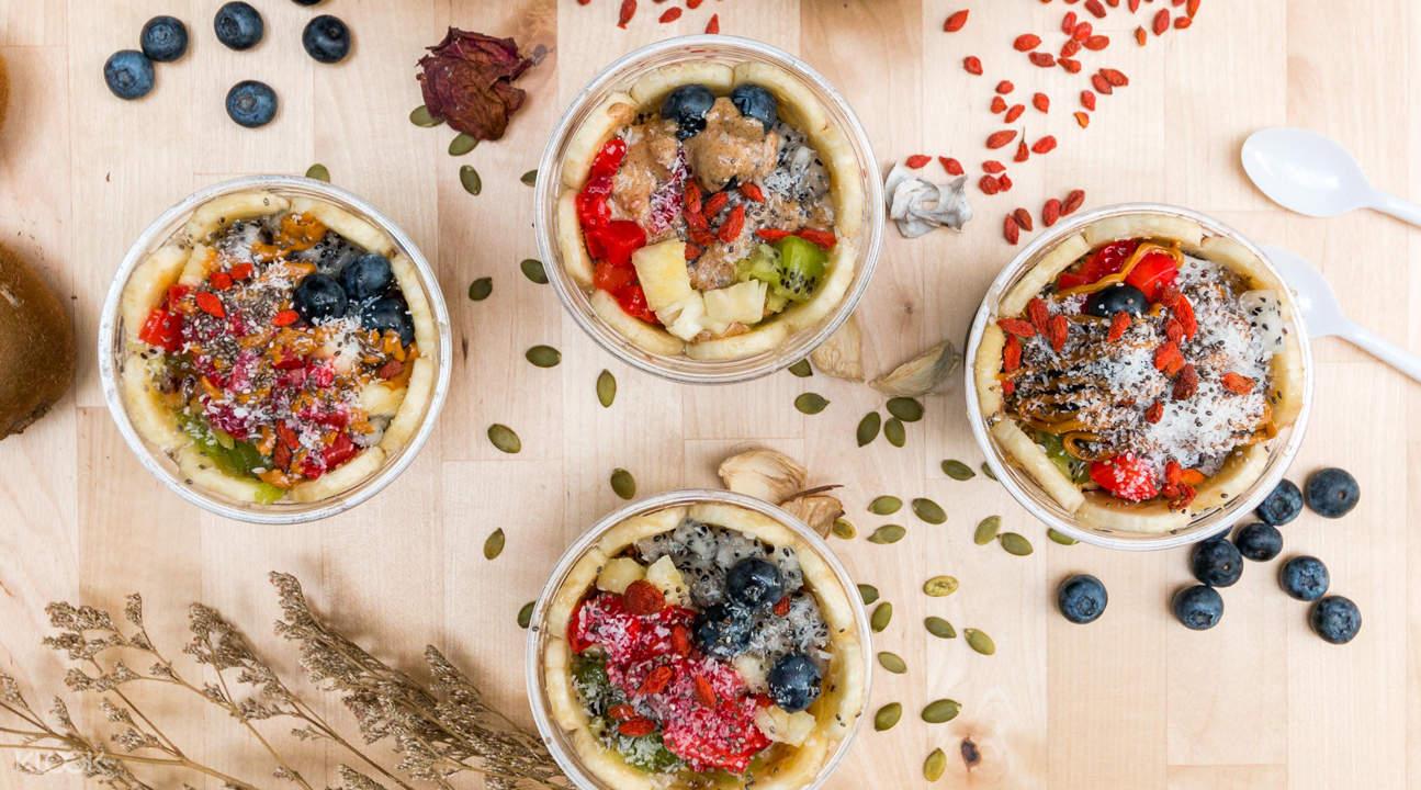 acai fruit bowls