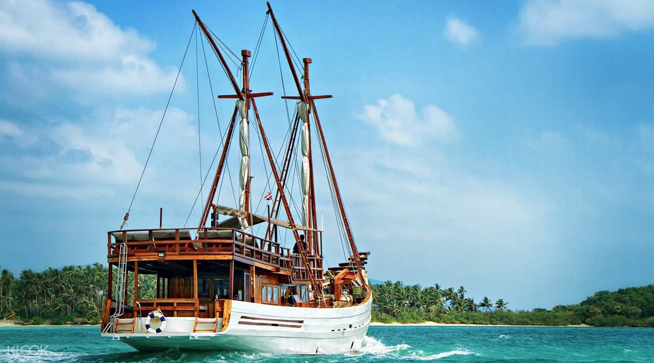 Samui island yacht tour