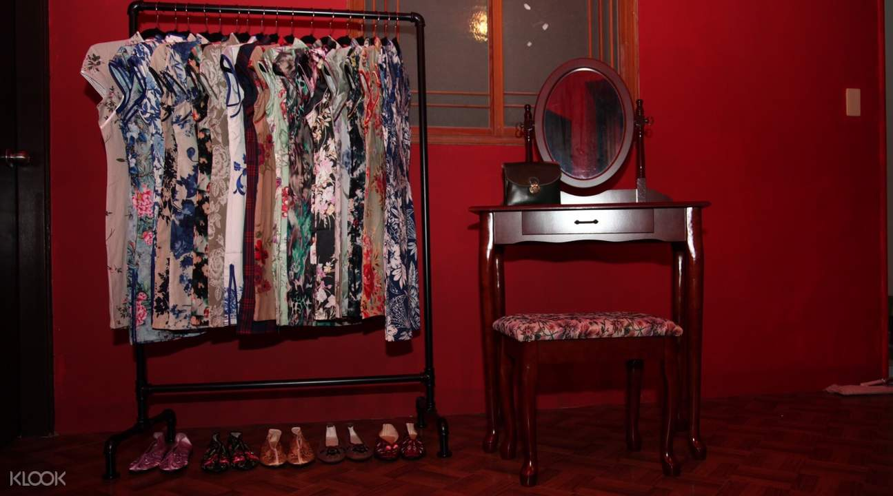 chinese dress one day rental in jiufen, taipei