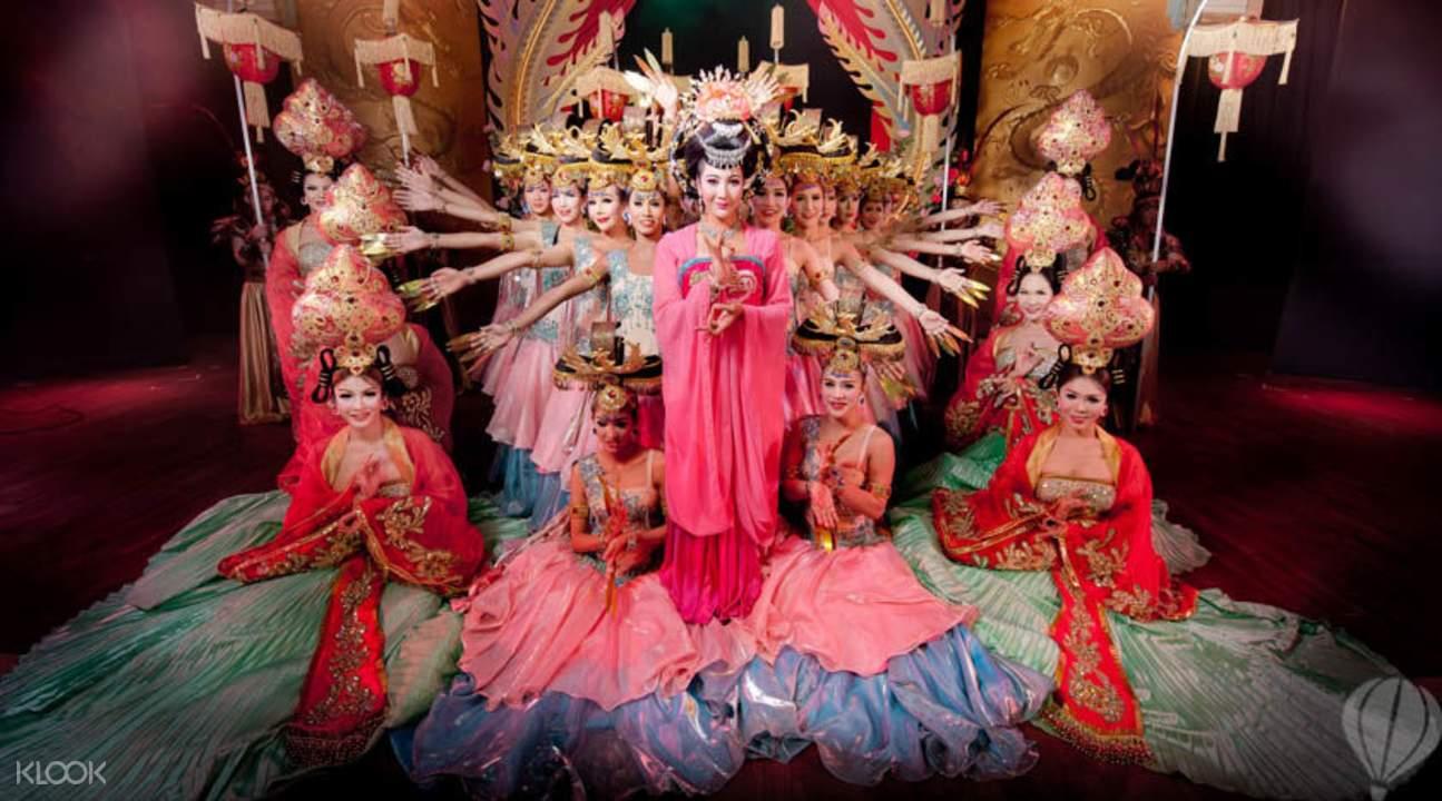 普吉岛人妖歌舞秀