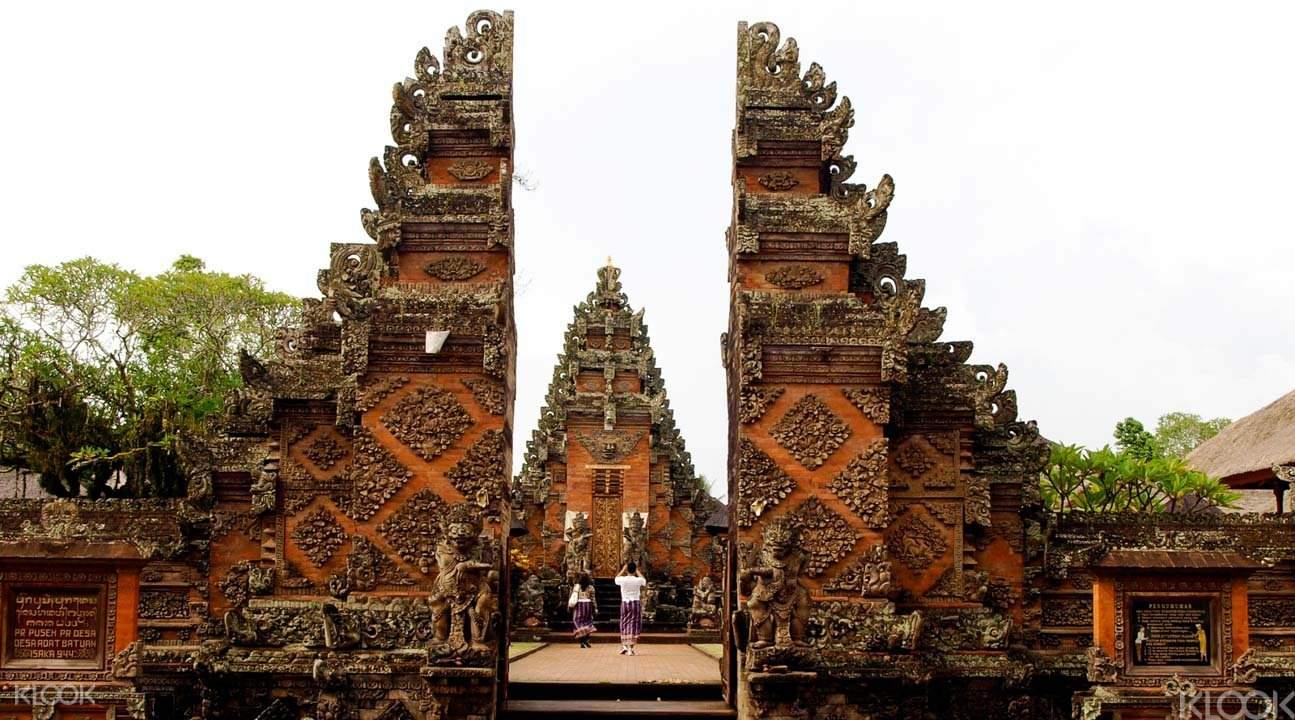 普拉德薩神廟Pura Desa Batuan