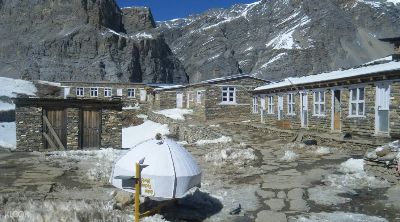 安納普爾納峰12日徒步之旅