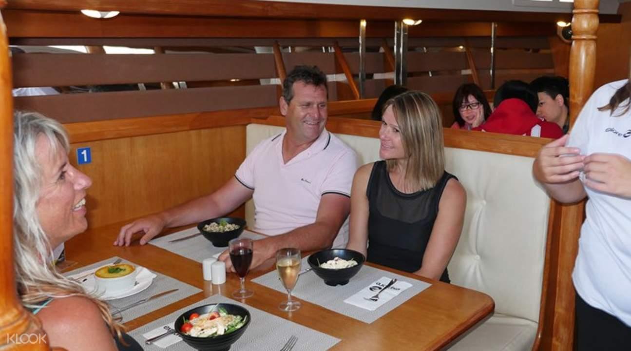 奧克蘭海港晚餐夜遊