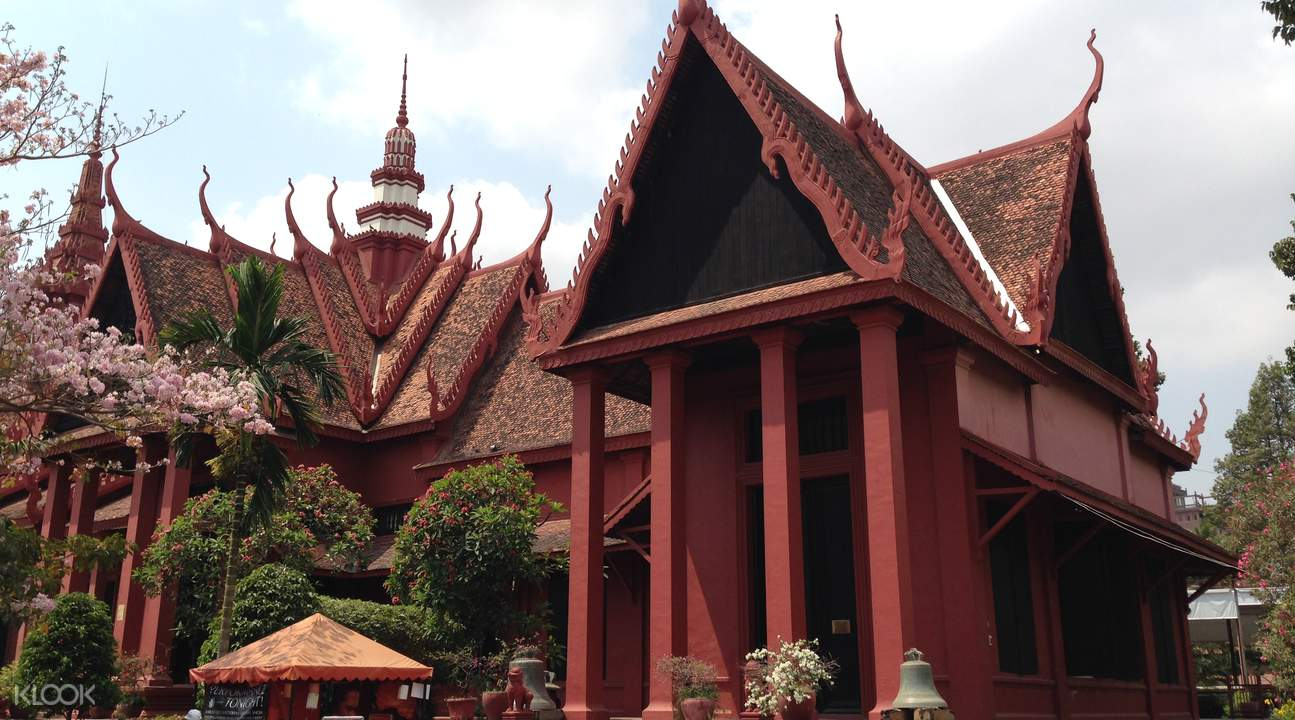 Phnom Penh sightseeing tour half day tour