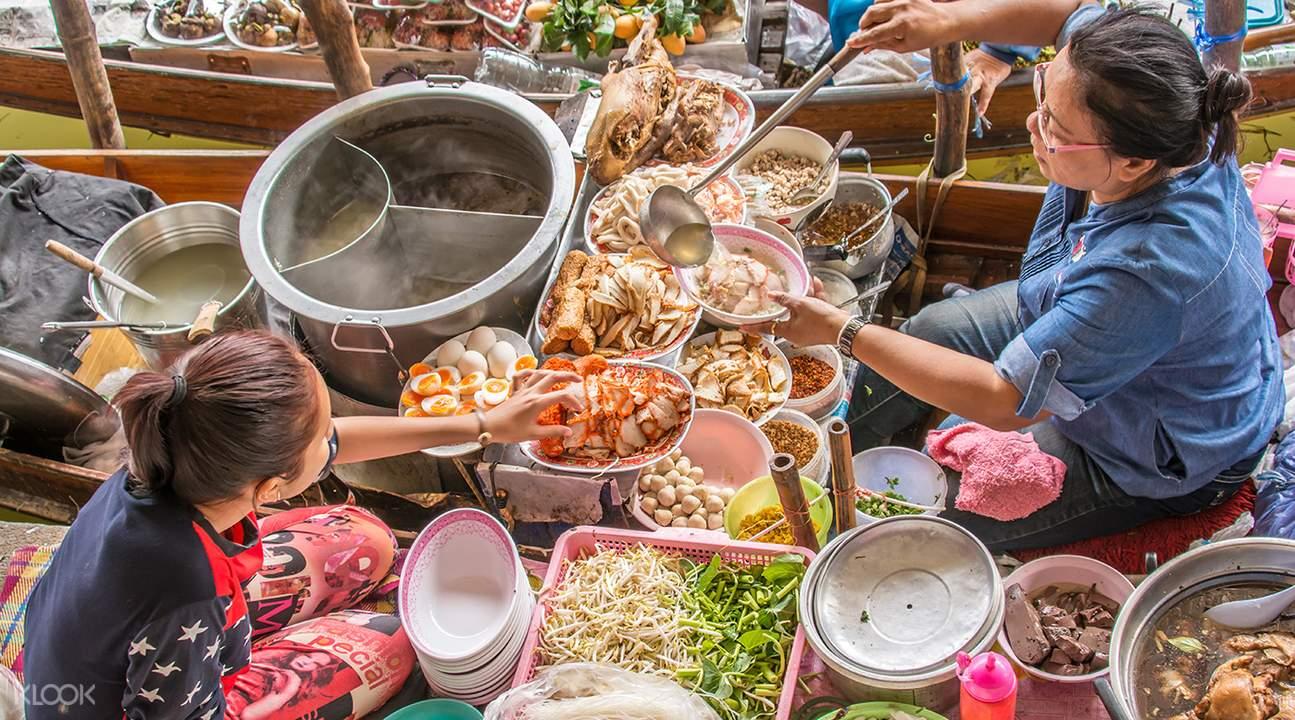 Floating Market food