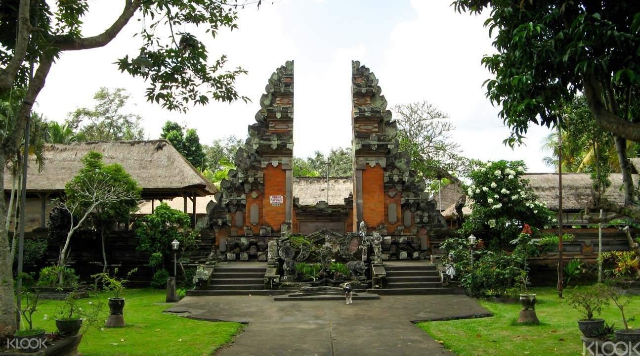 Ubud temple tour