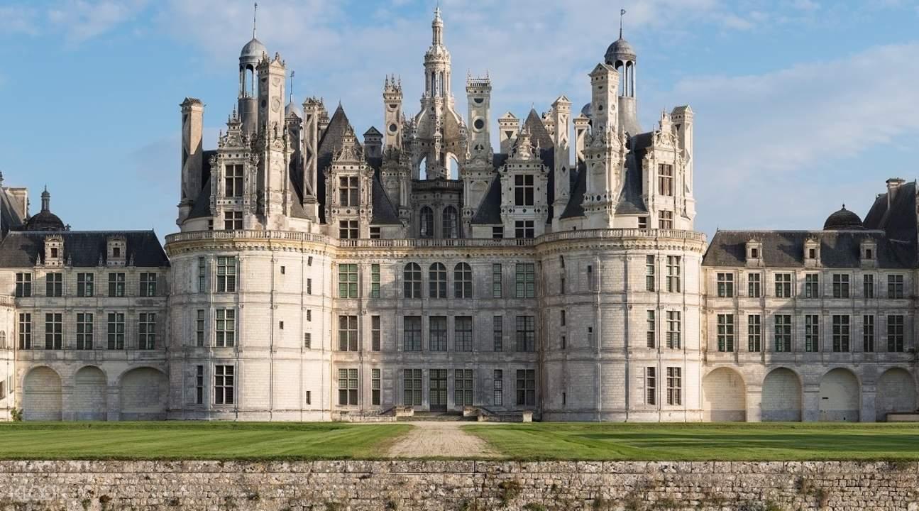 loire valley castle tours from paris