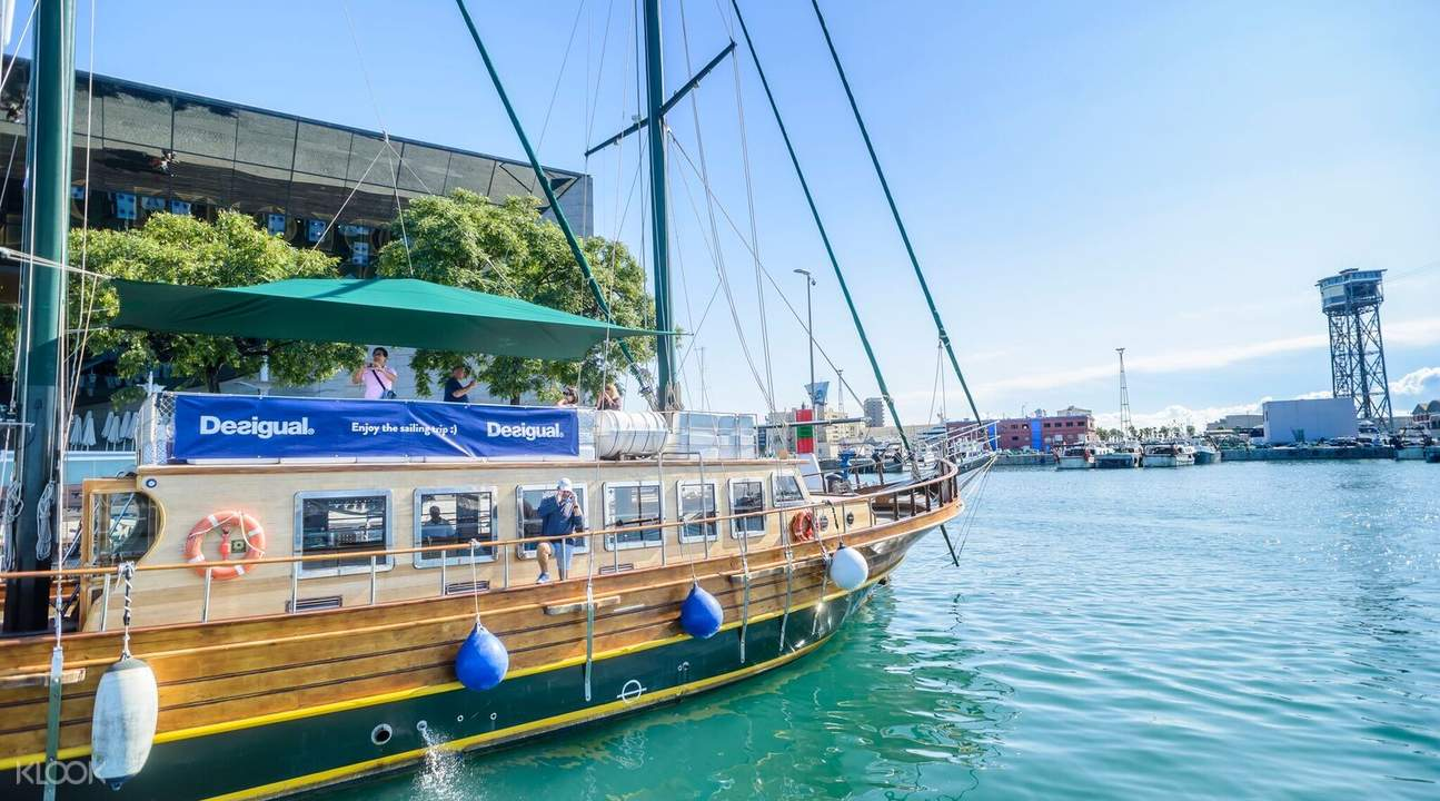 eco boat barcelona