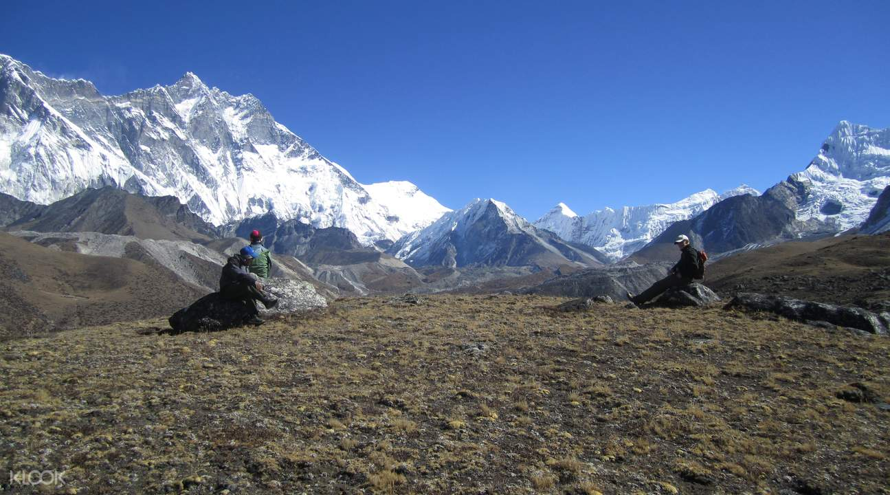 view from mt everest base camp