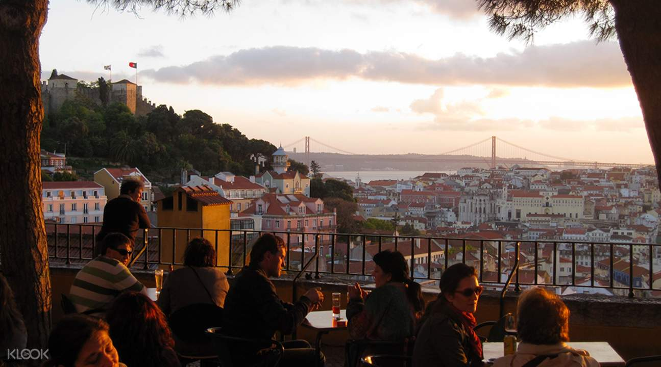 lisbon sunset tour