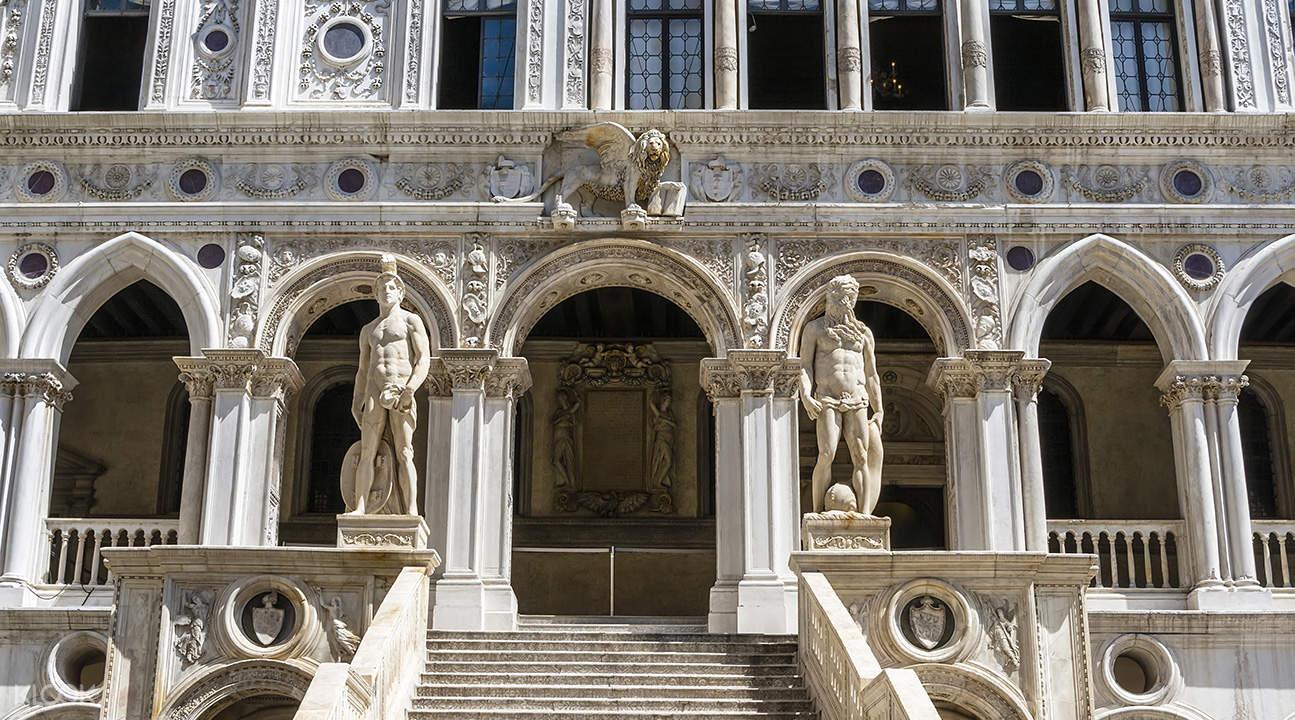 威尼斯总督府门票 + 导览