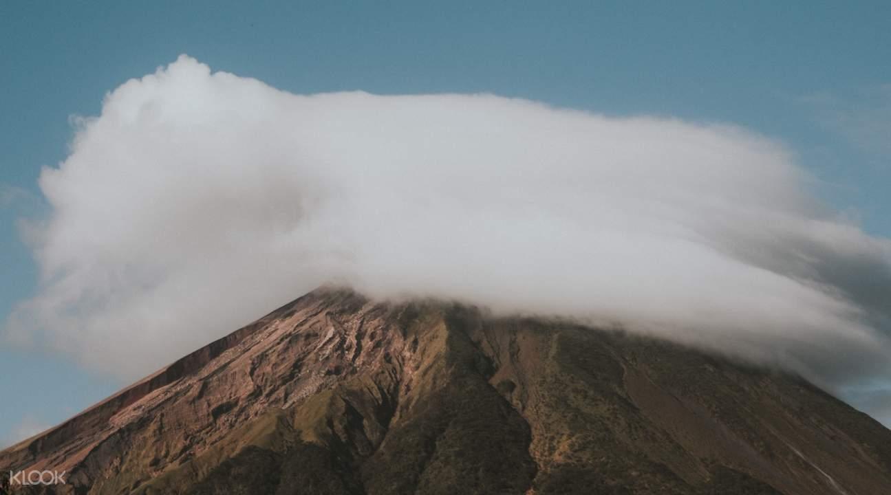 阿貢火山,阿貢火山日出