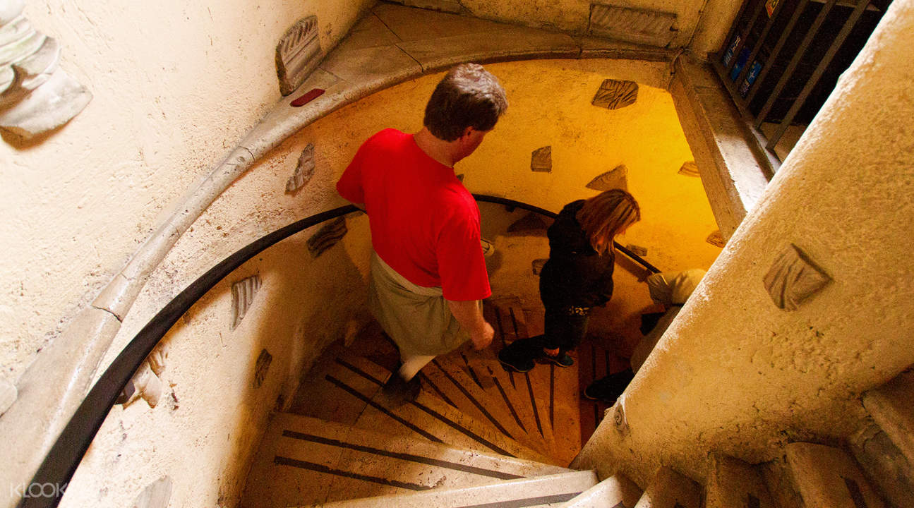 stairwell leading down the Roman Catacombs