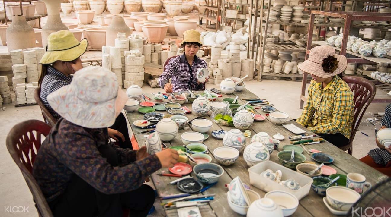Hanoi craft village tour