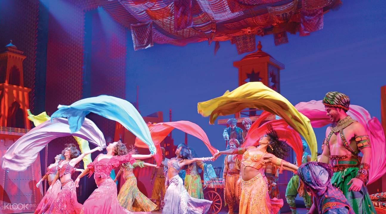 「阿拉丁」音樂劇舞台