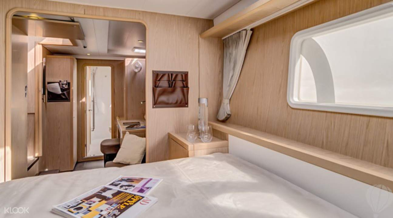 中型私人游艇
