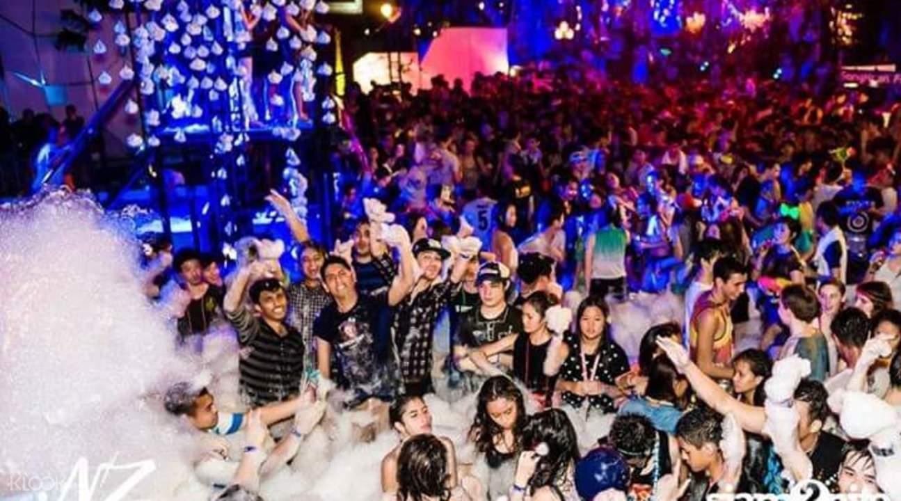 曼谷泼水节
