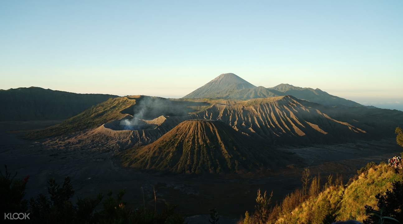 mount bromo craters