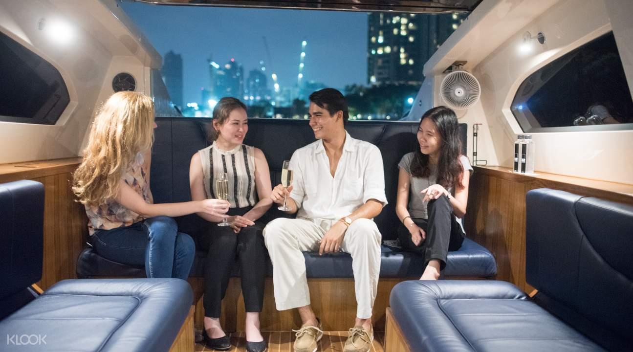 湄南河豪华游轮巡游之旅