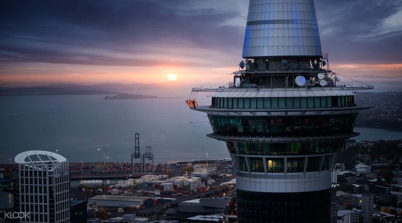 Panoramic views of Auckland Sky Tower