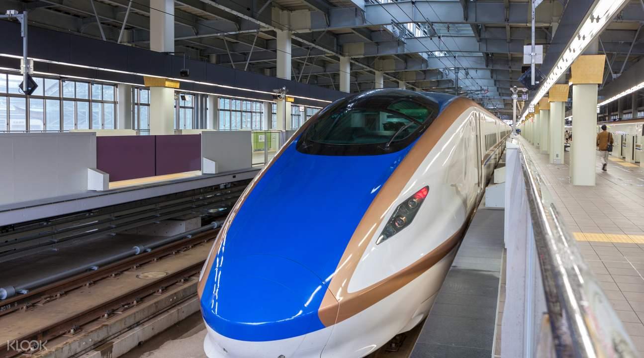 北陸新幹線KAGAYAKI列車外觀