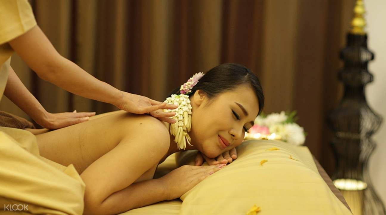 Enchanting Thai Massage at Pimantip Spa Treatments in Chiang Mai