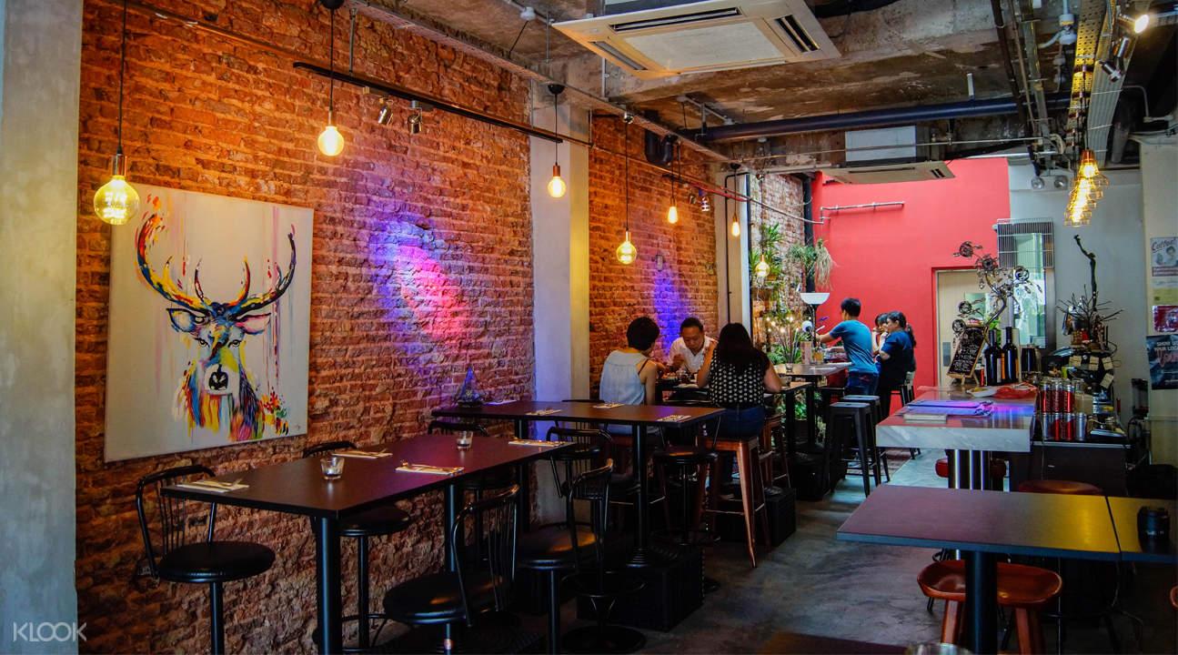 Ephiphyte Cuisine Bar in Outram Park