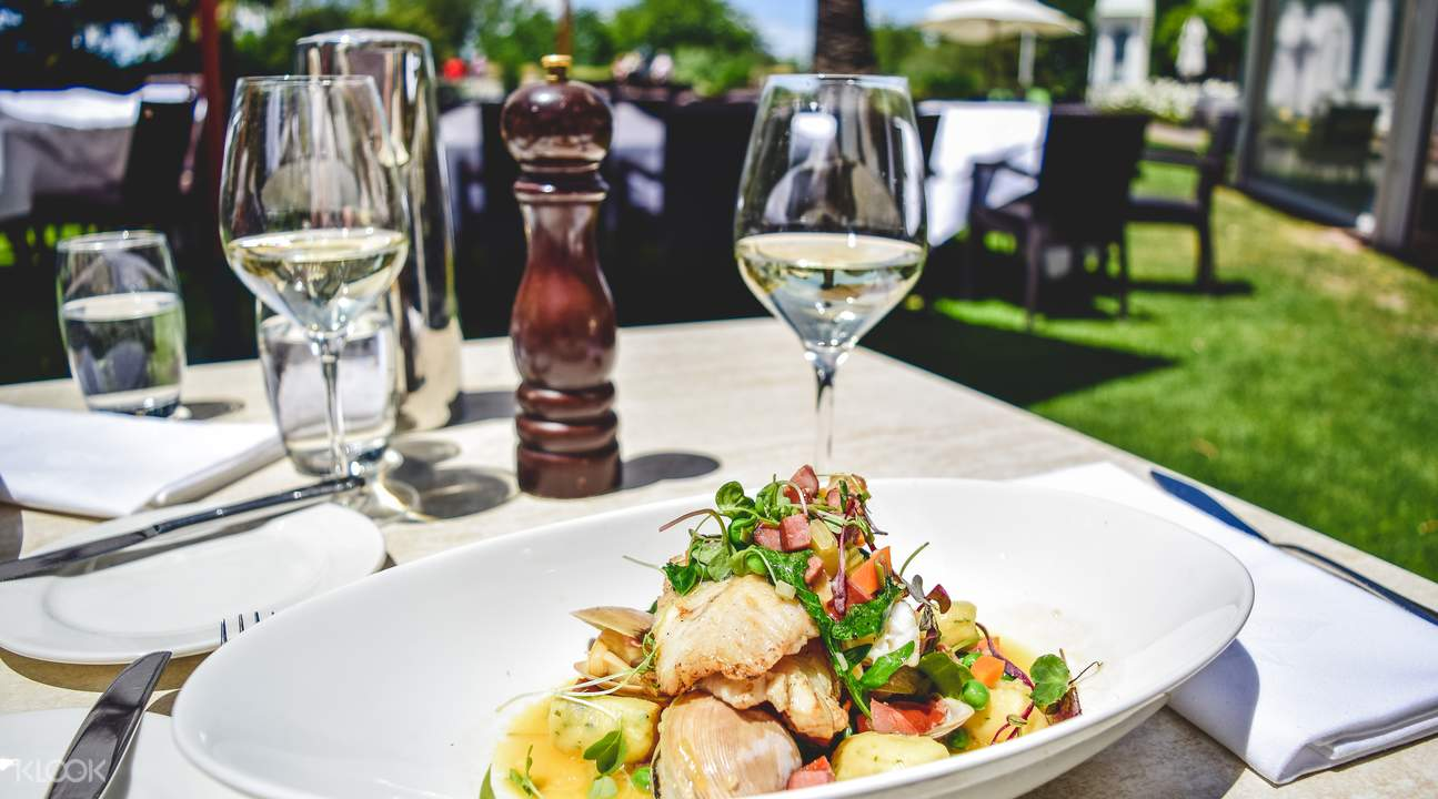 local cuisine paired with fine wines at martinborough gourmet wine tour