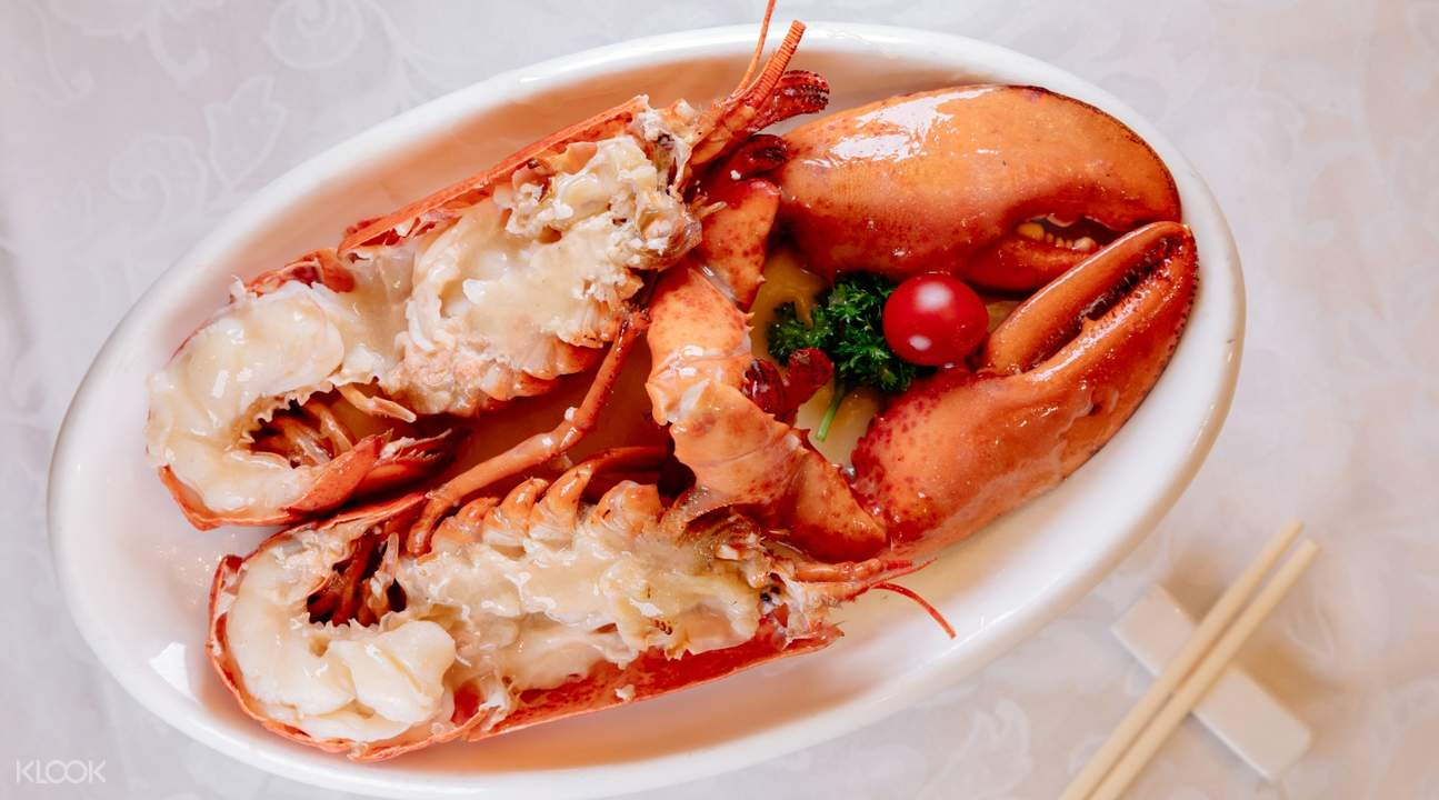 Lobster Simmered in Chicken Soup